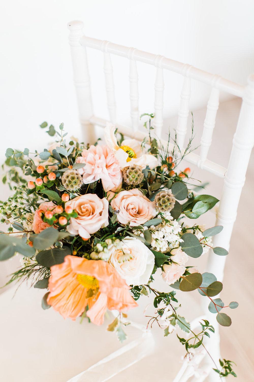 greenery bouquet wedding photography