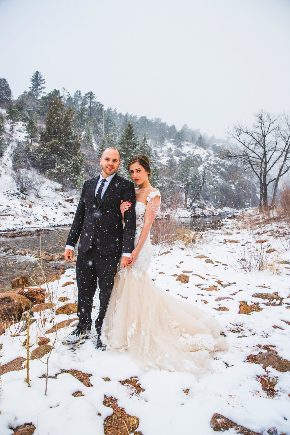 Colorado wedding, winter wedding, snow and mountains, wedding photography