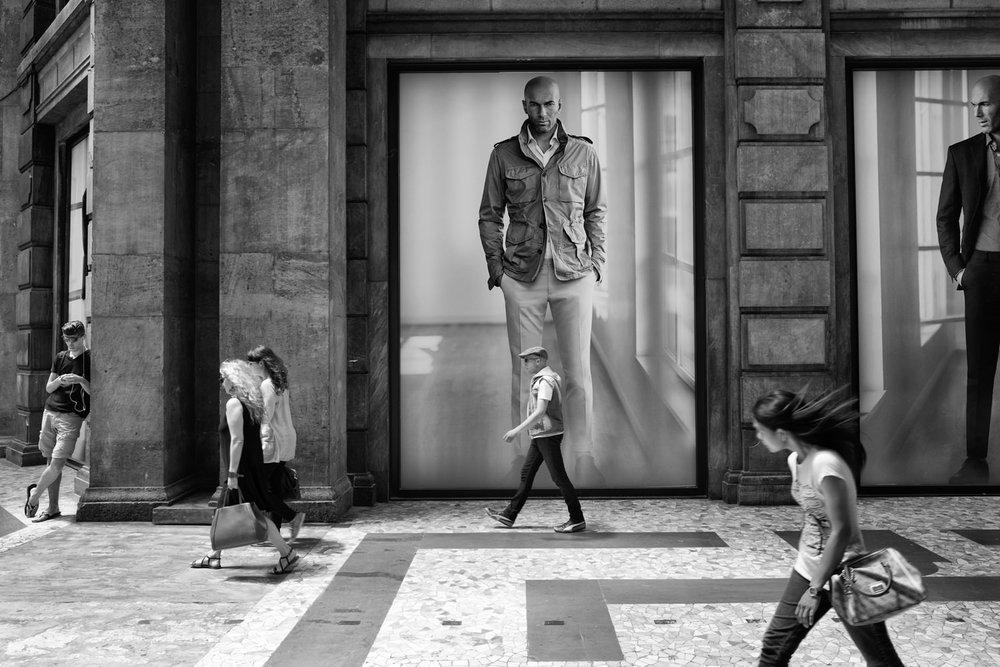 street-photography-leica-q-milano-2015-0011.jpg