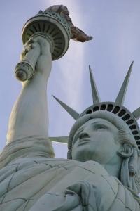 statue-of-liberty-500700_640.jpg