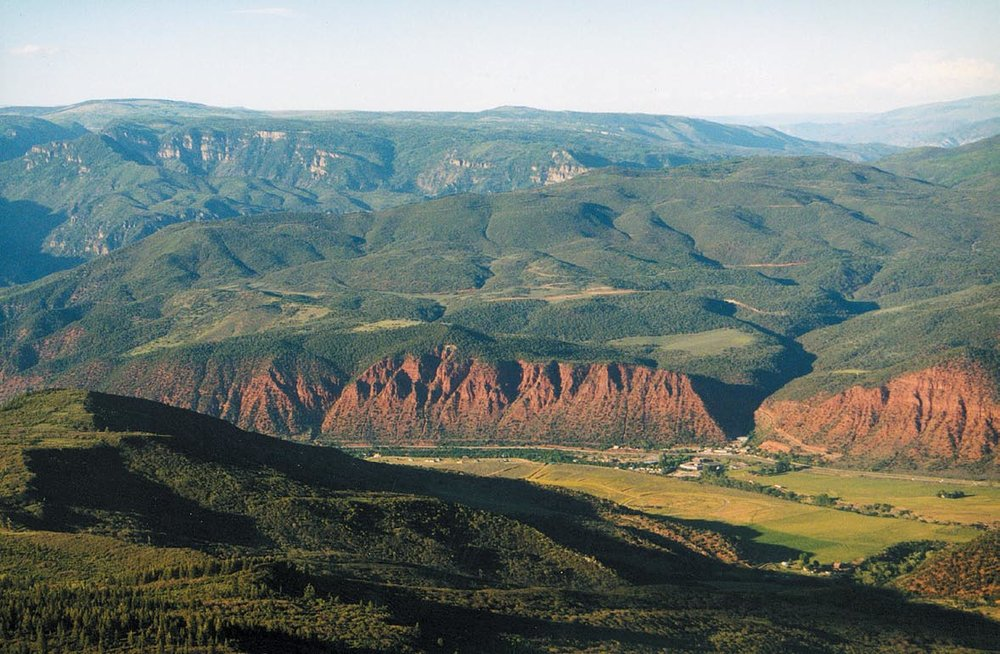 Lookout Mountain    DEVELOPMENT SITE - Glenwood Springs, CO    2,212 acres in Missouri Heights overlooking Mount Sopris, Roaring Fork Valley and the City of Glenwood Springs