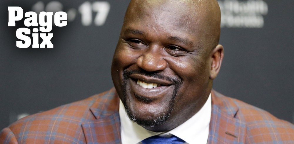 Shaq Brings Entourage To Club After Jersey Retired