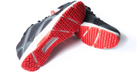 tennis shoes image