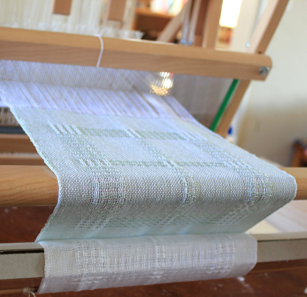 Napkins on the loom2.JPG