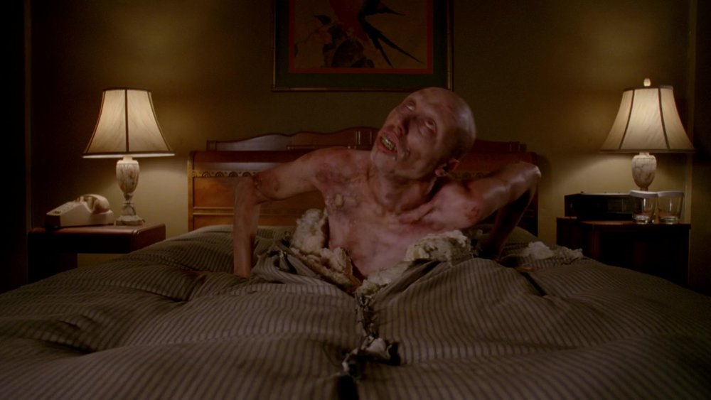 bed man -   AMERICAN HORROR STORY: HOTEL