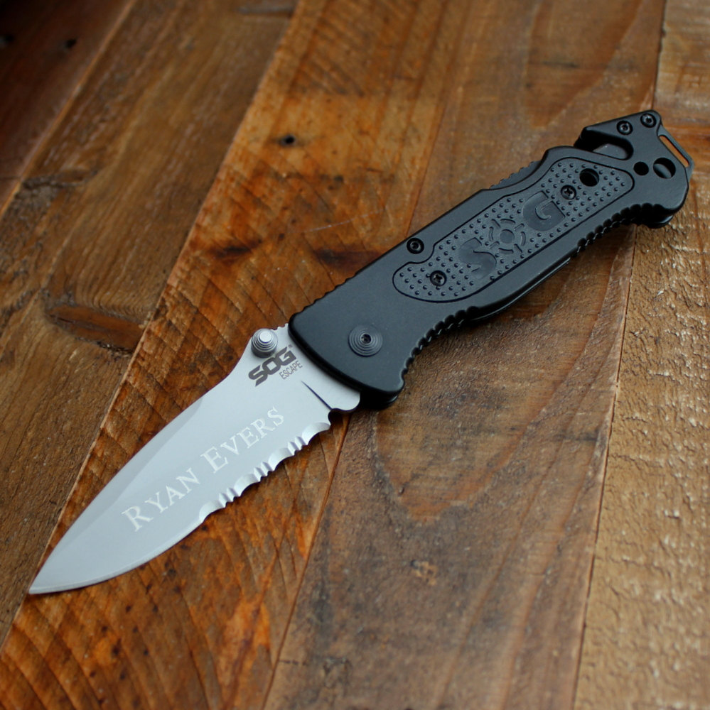 SOG Escape Hunting And Camping Knife