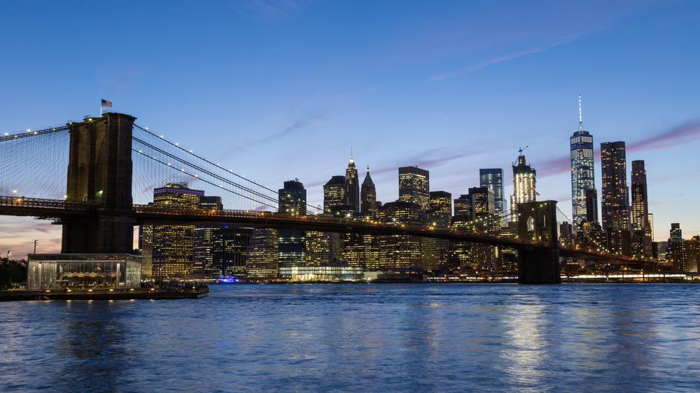 Hd Brooklyn Bridge And Manhattan Day To Night Sunset Emerics
