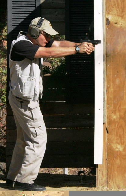 Rick Simes shooting the TSA Nationals (note recoil control)...