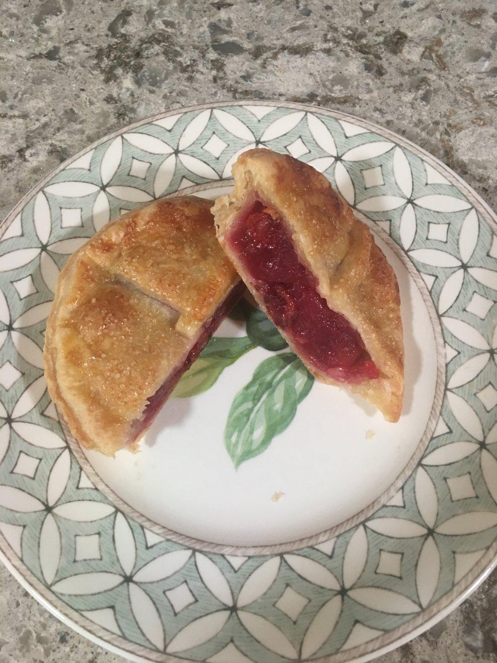 Mom's Double Crust Cherry Pie