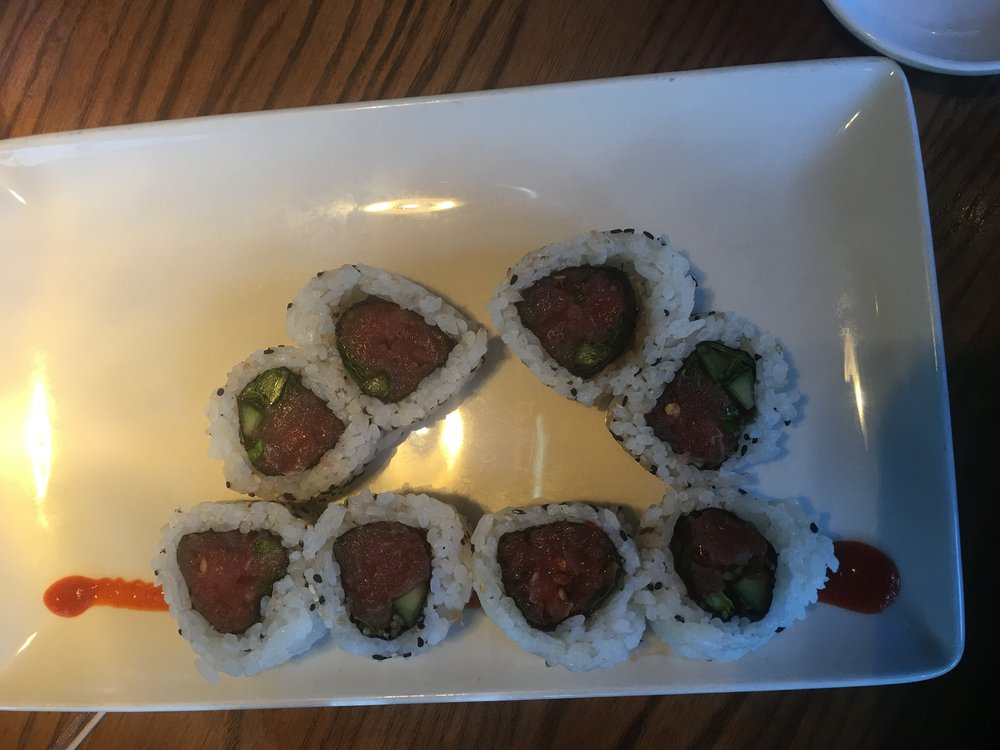 Spicy Tuna Roll :    Ahi, cucumber, spicy sriracha
