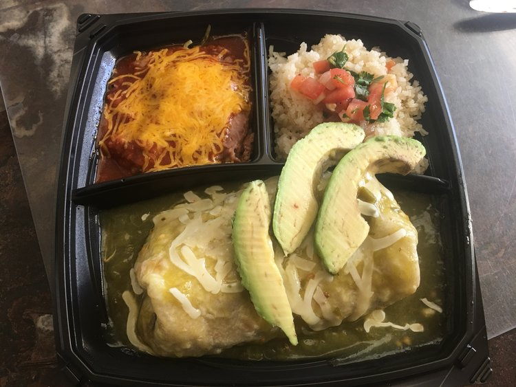 Chicken Verde Wet Burrito Plato