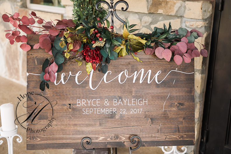 tulsa-fall-wedding-planner-bethany-faber