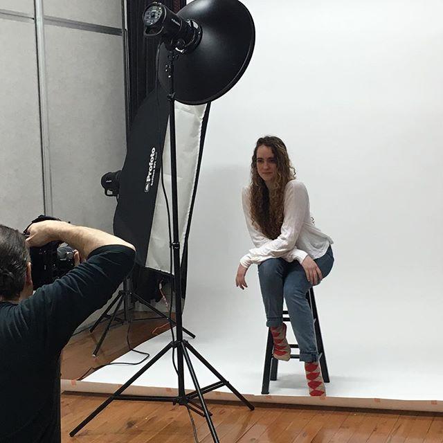 10 am #photoshoot for @emoryferra with @dannypacephotos at #shootamodel 4/2/17. #beauty #nycmodel #redheadmodel #photostudio #modellife #dancermodel