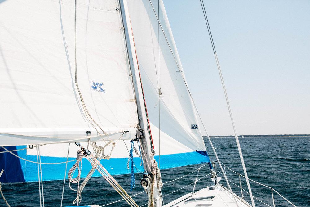 sailing-lake-texoma.jpg