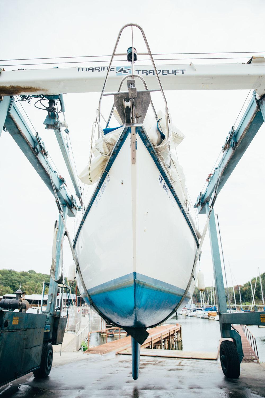 moving-sailboat.jpg