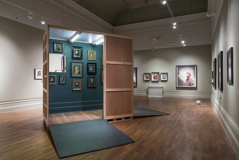 Crate Installation (images curtesy John Hartley | Nottingham Castle Museum & Art Gallery)