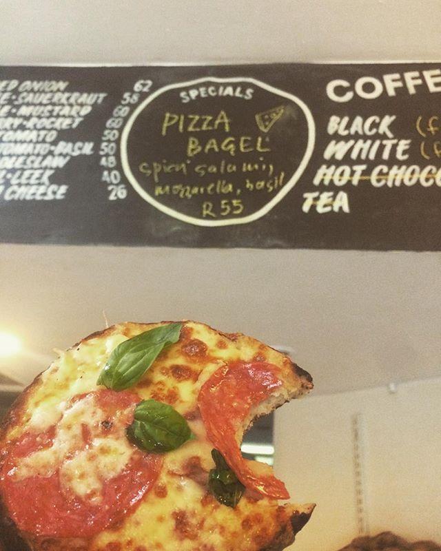 PIZZA BAGELS TODAY #maxbagels #pizzabagel #specials #breestreet #eeeats