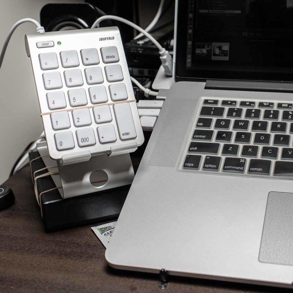 左手デバイス(テンキー&CONTROLLERMATE)  有線テンキー全てのボタンにショートカットを登録して作業を効率化する方法。※有線でないと機能しない