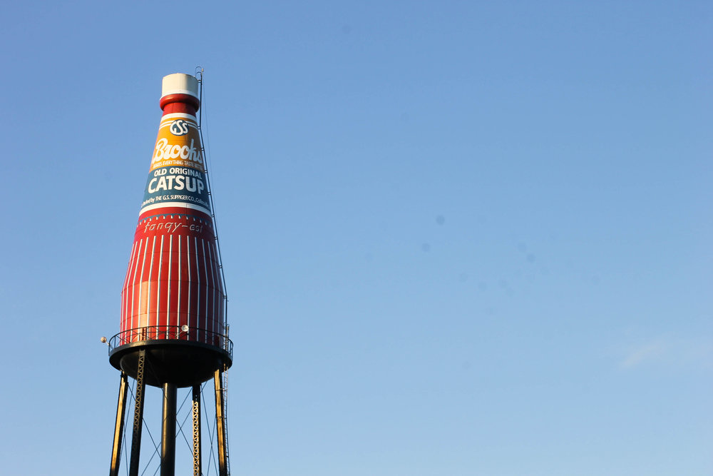 World's Largest Catsup Bottle, Route 66