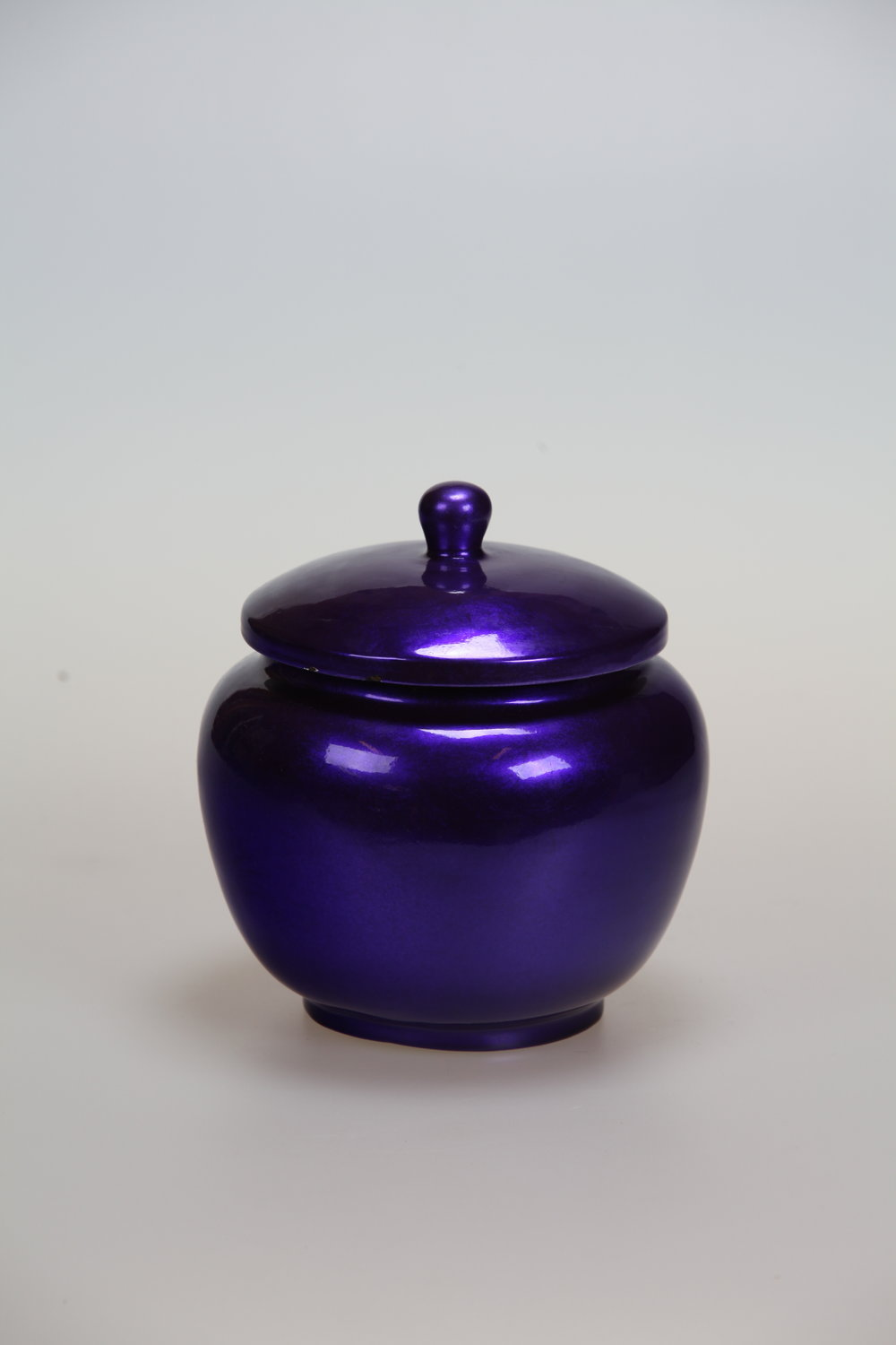 BTL 40_S, SMALL JAR IN PURPLE.JPG