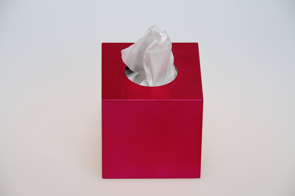 NEW ! SQ T BOX, SQUARE TISSUE BOX, FUSHIA SHINY LACQUER.JPG