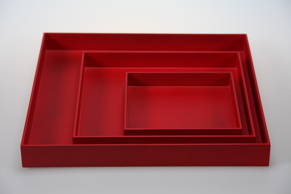 SQ TR-3- SET OF 3 SQUARE TRAYS IN MATT LACQUER, CHERRY.jpeg