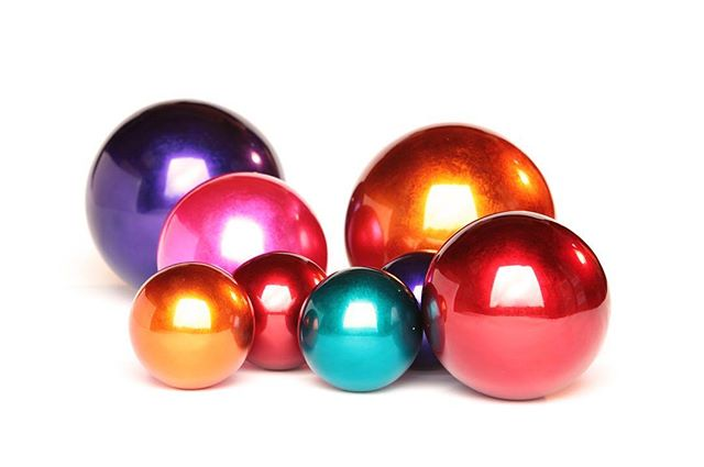 Decoration balls #christmas #shinycolors #bamboo #bamboo_indochine