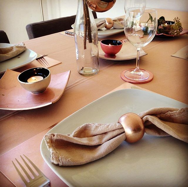 Pretty in pink (pastel) #tableware #indochine_bamboo #napkinrings #handmade #vietnam #squaredish #smallbowls #placemats