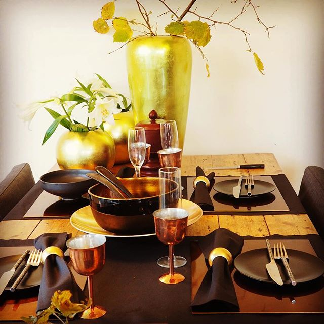 Geef je interieur een stijlvolle touch met deze groene vazen van #indochine_bamboo #vietnam #handmade #green #vase
