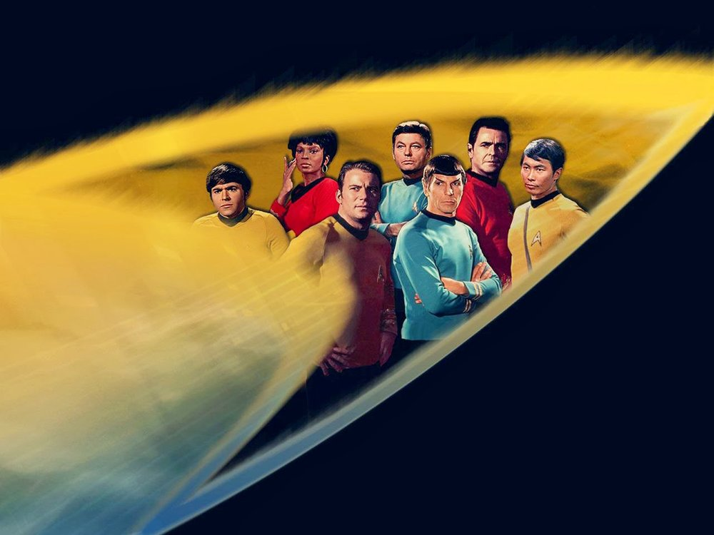 Fan-art of crew of the USS Enterprise by The Angry Angel (Image: CBS Paramount)