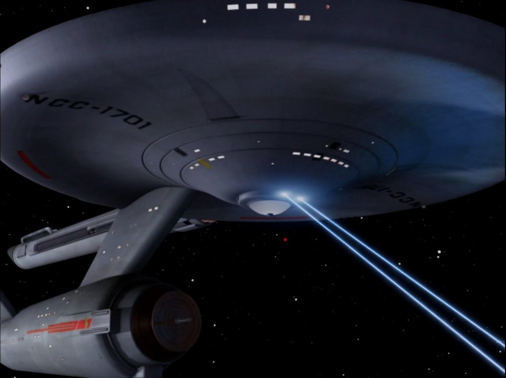 The Enterprise's tractor beam (Image: CBS Paramount)