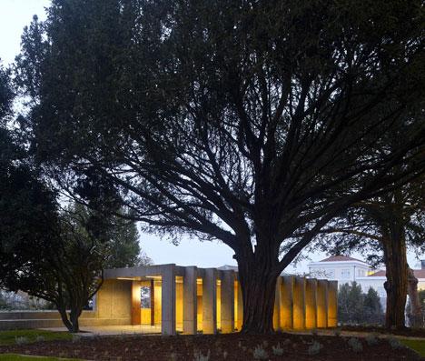 babel-moon-PINC-Pavilion-Clinica-de-Arquitectura-3.jpg