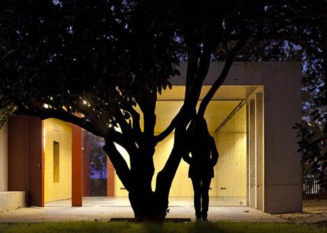 babel-moon-PINC-Pavilion-Clinica-de-Arquitectura-4.jpg