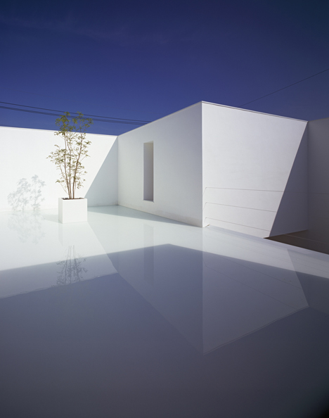 babel-moon-White-Cave-House-Takuro-Yamamoto-Architects-3.jpg