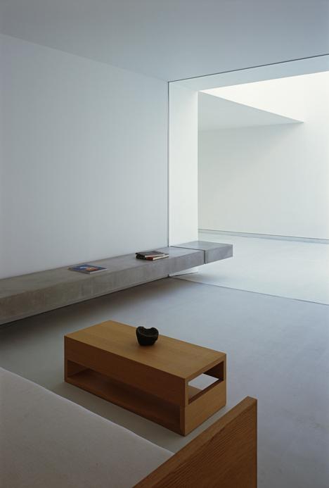 babel-moon-White-Cave-House-Takuro-Yamamoto-Architects-10.jpg