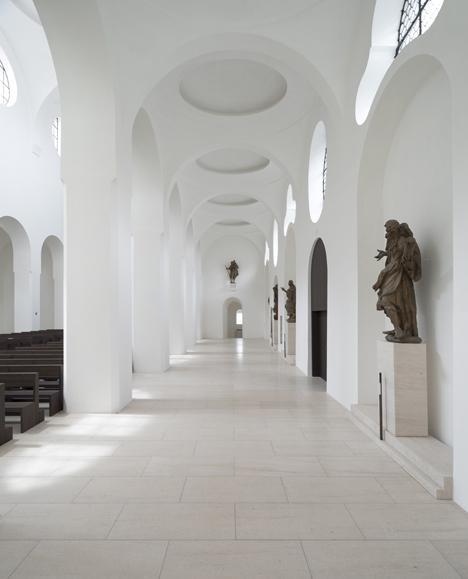 babel-moon-St-Moritz-Church-John-Pawson-3.jpg