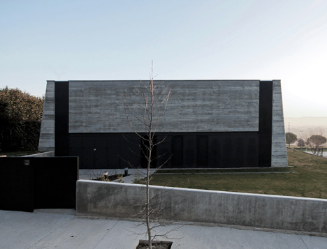 babel-moon-Casa-Montfulla-Hidalgo-Hartmann-Arquitectura-3.jpg