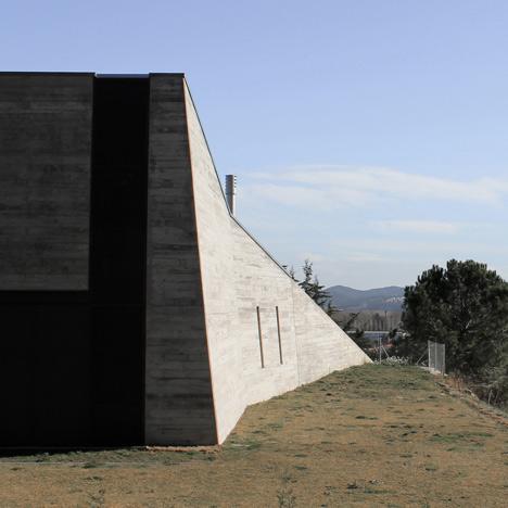 babel-moon-Casa-Montfulla-Hidalgo-Hartmann-Arquitectura-4.jpg