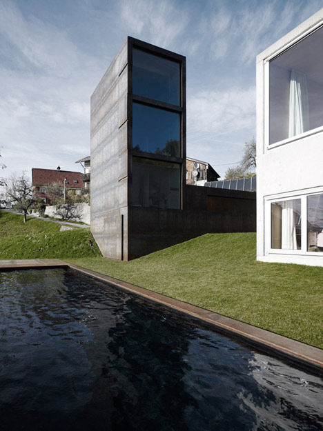 babel-moon-Maiden-Tower-Marte-Marte-Architects-1.jpg