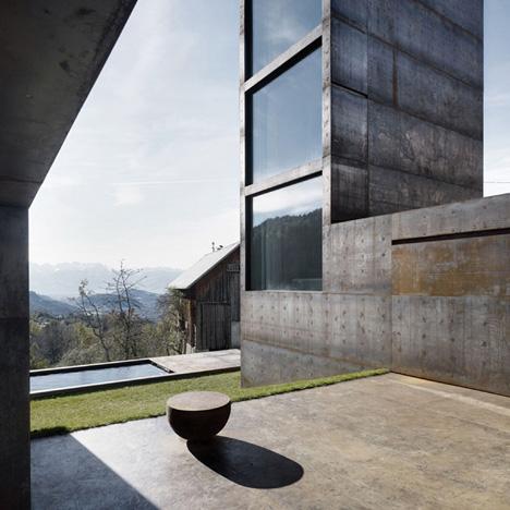 babel-moon-Maiden-Tower-Marte-Marte-Architects-3.jpg