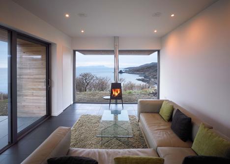 babel-moon-Tigh-Port-na-Long-Dualchas-Architects-6.jpg