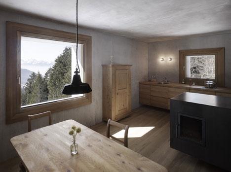 babel-moon-Mountain-Cabin-Marte-Marte-Architects-4.jpg
