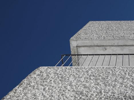 babel-moon-Mountain-Cabin-Marte-Marte-Architects-8.jpg