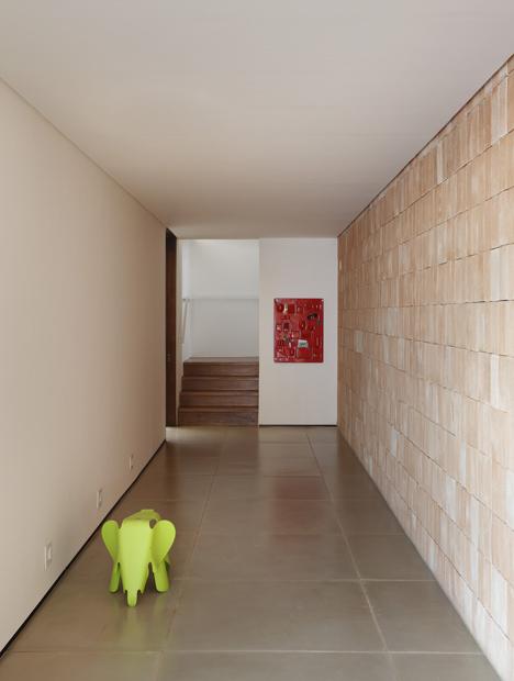 babel-moon-BT-House-Studio-Guilherme-Torres-9.jpg