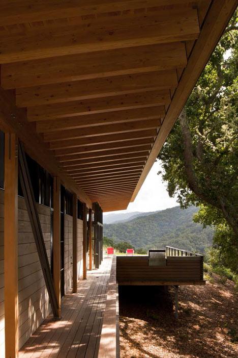 babel-moon-Halls-Ridge-Knoll-Guest-House-Bohlin-Cywinski-Jackson-2.jpg