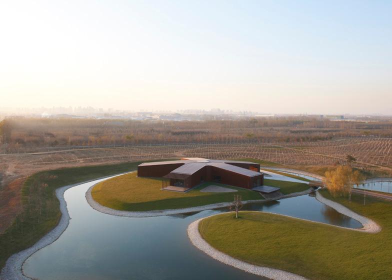 babel-moon-Asterisk-SAKO-Architects-1.jpg