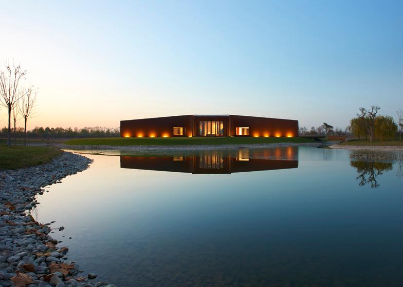 babel-moon-Asterisk-SAKO-Architects-4.jpg