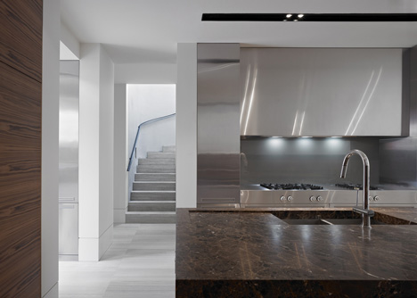 babel-moon-Cassell-Street-House-b-e-Architecture-11.jpg