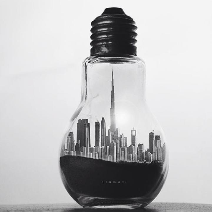 Babel-moon-world-in-a-lightbulb.jpg