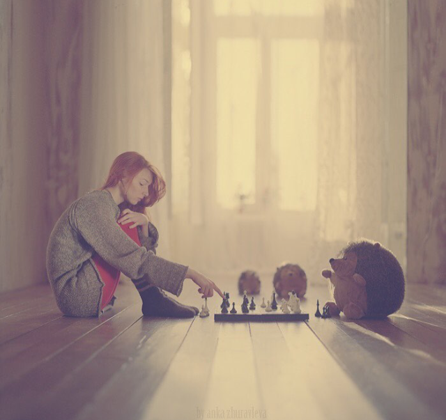 babel-moon-girl-playing-chess-with-her-hedgehog.jpg